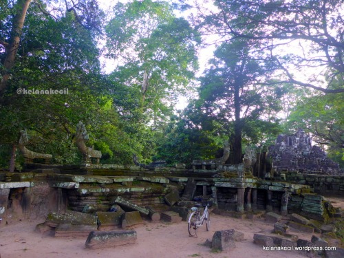 Reruntuhan candi Preah Pithu