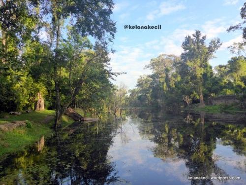 Kanal yang tampak mistis di Preah Khan
